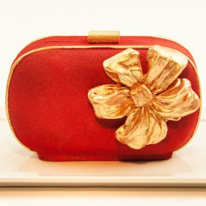 clutch-me-red-velvet-handbag-cake.057089068fb1799e2797ff1dd22df2bf