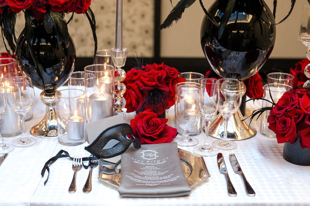 place setting black mask.jpg