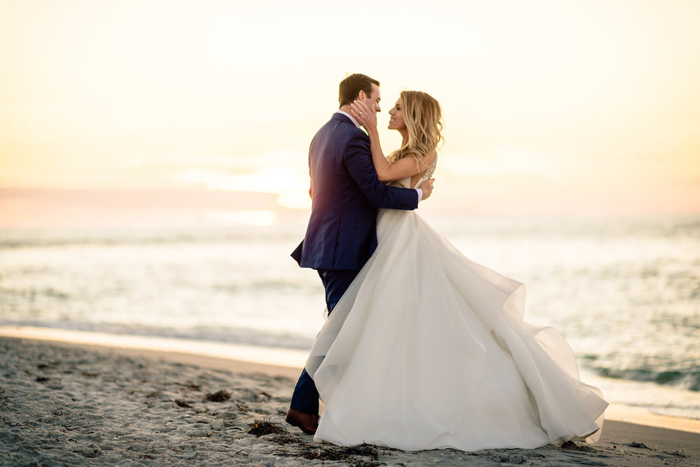 Sunset on Captiva wedding photographer.jpg