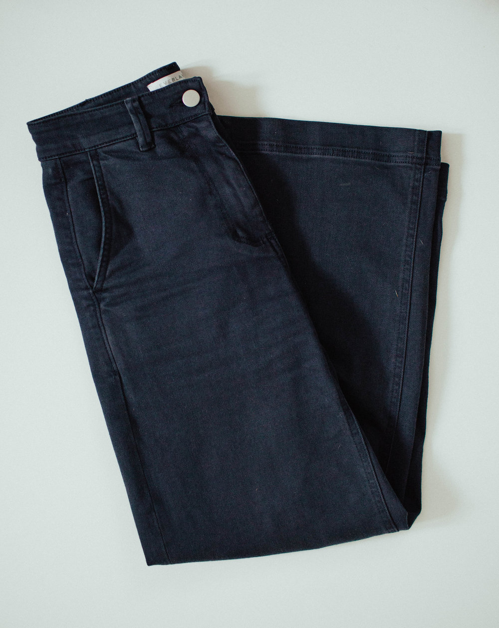 One of my most loved items of the year - the Everlane's Wide Leg Cropped Pant
