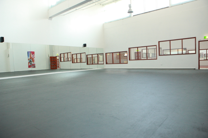 Studio2c.JPG
