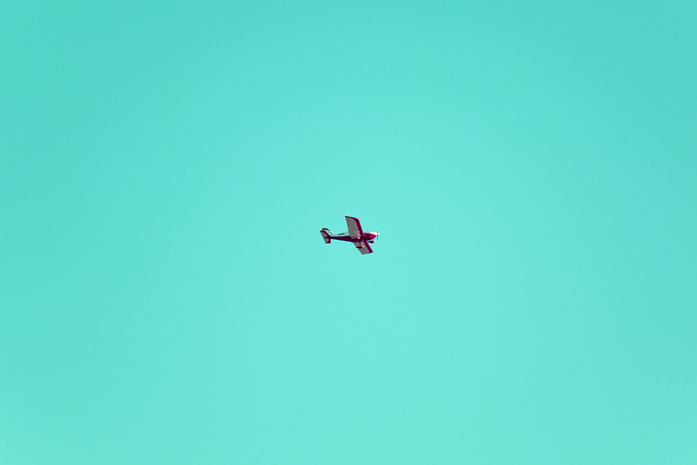 69470-4497870-plane_minimal.jpg