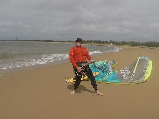 when your excited to go for a kite #kiteboarding#happyaboutlife#townbeach#mackay#livefreeridefree#cabrinha#sunsmart#lifeabeach