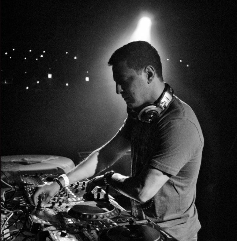 Adam Westing |DJ