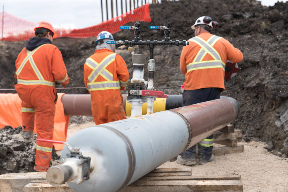 tranmission-pressure-pipeline-crew-12-inch-at-wpg-installation.jpg