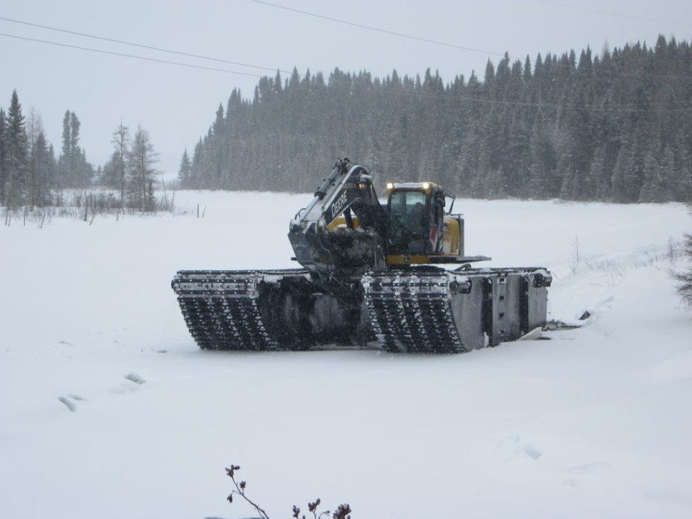 amphibious-plough-in-snow.jpg