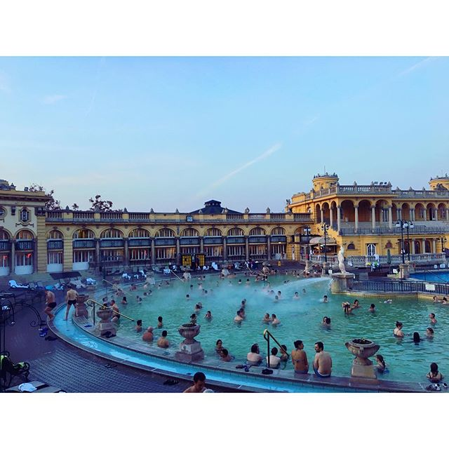 budapest wander series 🇭🇺❕szechwnyi has one of the largest thermal baths in europe. ❄️ outside temp: 4 C, 🛁baths: 38 C. relaxing while the steam rolls off the water into the crisp sky = memories that will last forever. 🔸travel tip: winter months are a great time to explore this city, you will soak up the experiences! 🇭🇺🇭🇺🇭🇺❤️❤️❤️💯💯💯🙌🏻🙌🏻🙌🏻🛁🛁🛁❄️❄️❄️ . . . #Budapest #szechenyibaths #hungarian #keepwarm #experience #divein #heaven #wander #budapestseries #wanderwithme #wanderwithmedesigns #hungarianrootsrunstrong