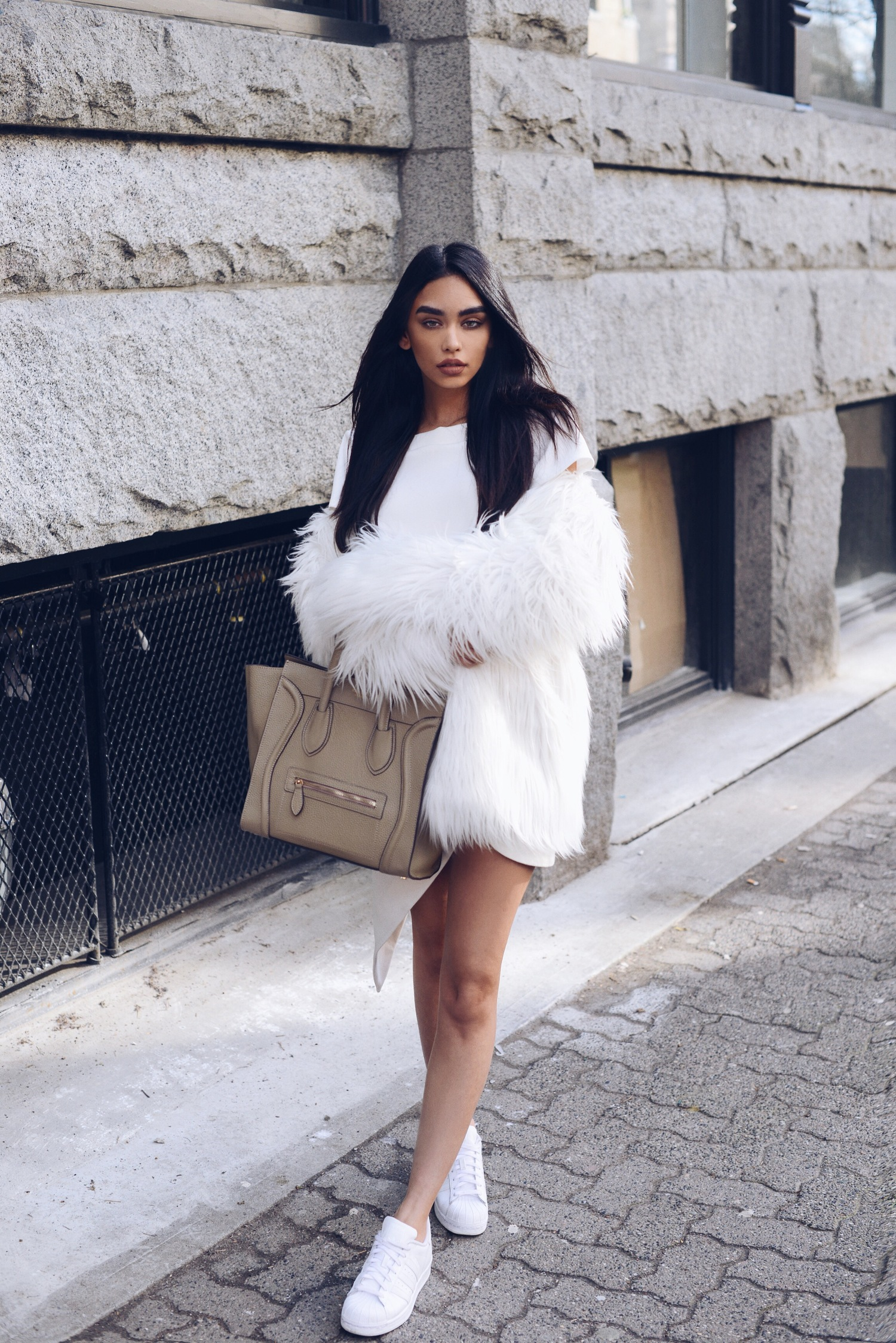 Statement Fur | Chic And Comfortable Thanksgiving Outfit Ideas For Women