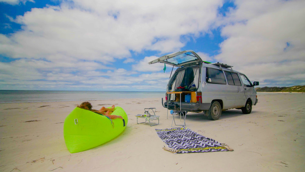 Vanlife, van life checklist, how to live in a van, what do you need to live in a van