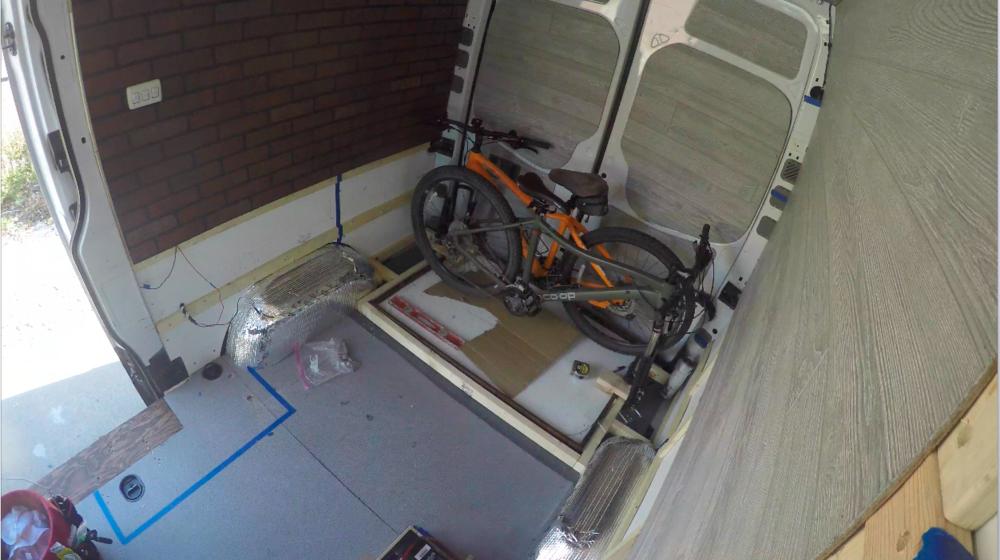 bikes fitting! doors closed.png