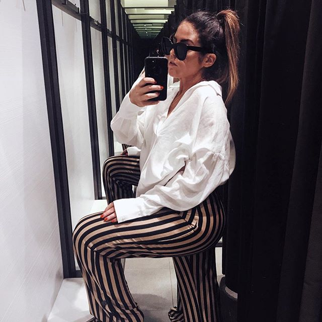today's episode of dressing room diaries 📺 a glimpse of @zara's fall collection, has anyone shopped their summer sale?! • • • • • • • • #fashion #styleinspiration #fashionblogger #celine #ootd #igstyle #styleblogger #dressingroom #styleinspiration #fashioninspiration #styleinspo #fblogger #stylegram #zara #styleoftheday #fashionigers #ootdshare #getthelook #outfitinspo #fashionaddict #ootdmagazine #fashiongoals #whatimwearing #ootdinsider #wiwt #stylegoals #fashiondiaries #whatiwore #fashioninspo #zarasale