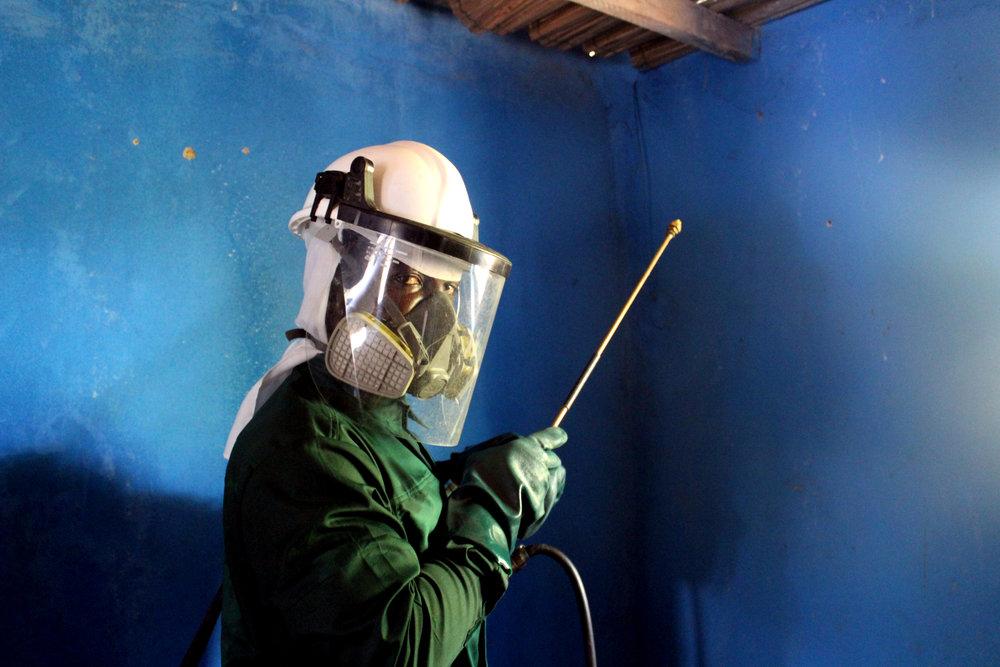 Spray operator .jpg