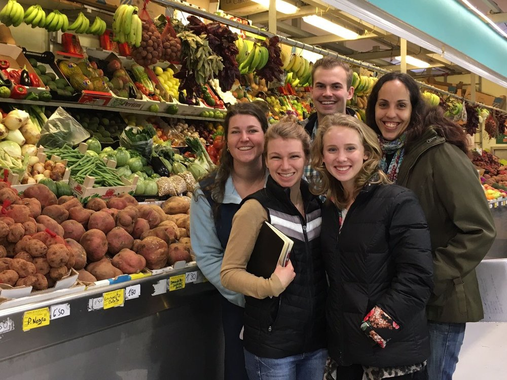 Katy, Brittany, Callie, Christian (PSA Fellows Winter '17) on a Spanish class trip to the grocery store