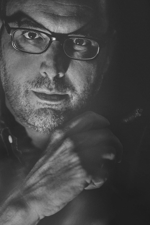 """Ritratto di Riccardo Bruni. """"La stagione del biancospino"""" (Amazon Publishing) è il suo nuovo romanzo  Canon EOS-1Ds Mark III - EF 85mm f/1.8 USM  Riccardo Bruni:  www.riccardobruni.com"""