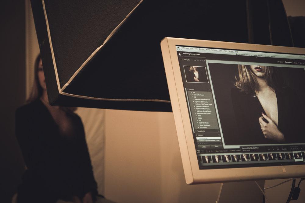 Dal backstage del servizio con Chiara, per un progetto in svolgimento  FujiFilm X-T10 - XF 18-55mm f/2.8-4 R LM OIS