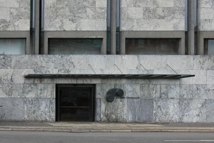 Nationalbanken_indgang.jpg
