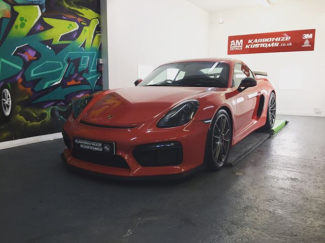 Porsche Cayman GT 4 complete with full front end Paint Protection Film (ppf) 😉👌 We also installed some of our clients requests with subtle satin black vinyl applied in all the correct areas and  really sets the car off giving it a angrier look but not over the top 👍 The car was a joy to work on as from every angle it looks amazing 😍 A little satin and gloss contrast on the spoiler aswell just ties it all together 😀. Booked back in for a little more work just to get the exact look we are wanting to achieve and it will look epic!  #karbonizekustoms#porsche#gt4#rs#averydennison#lovecars#springprotectiondetail#carsofinstagram #cargasm #cars #vinylwrapping #paintptotectionfilm #ppf #detailing #machinepolish #maintenancevalet #paintisdead #waxisdead #amdetailing#scotland #authoriseddetailer