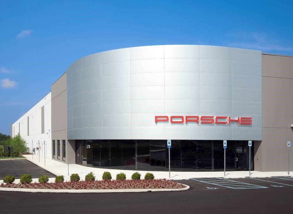 PorschePic1.jpg