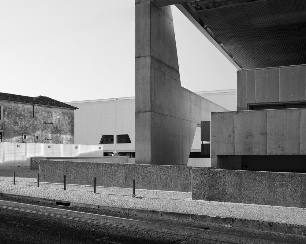 João Carmo Simões ....(photography)..  (fotografia)....   Museu Nacional dos Choches. Paulo Mendes da Rocha