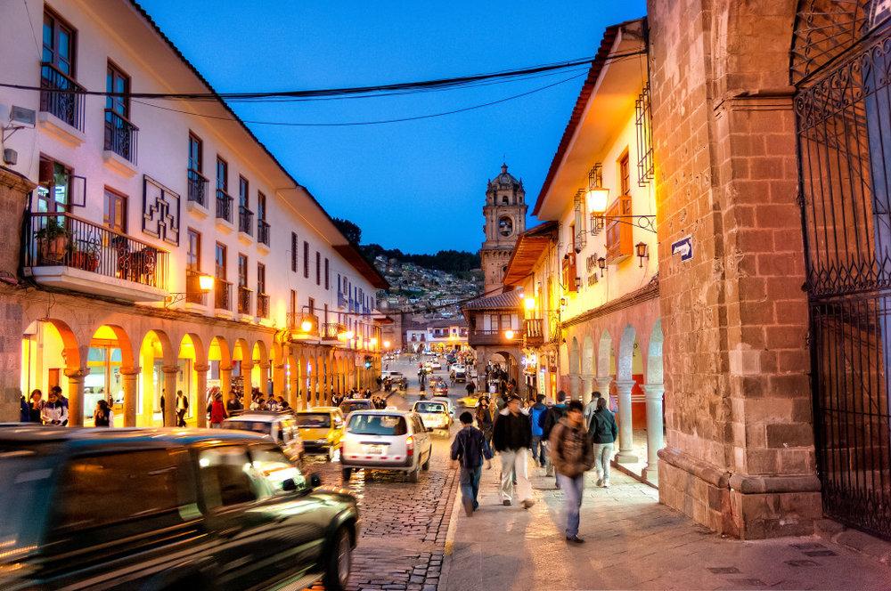 Evenings-on-the-Streets-of-Cusco-1024x680.jpg