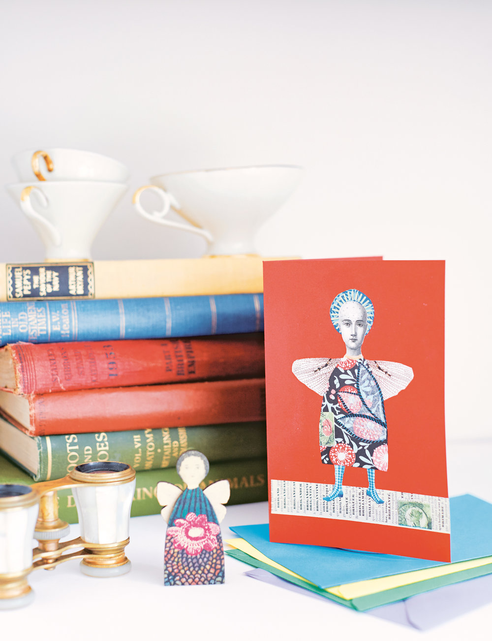 Cards by Gabriela Szulman image by Kristy Noble   House of Cards  by Sarah Hamilton is published by Pavilion.  Find them on Instagram at -  @pavilionbooks @hoc.cardbook @justacard @sarahhamiltonprints @jehanebodenspiers_