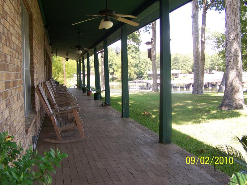Robinson Lodge front porch.jpg