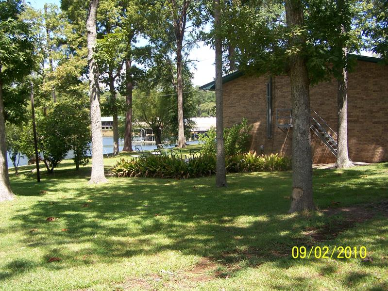 Robinson Lodge back yard.jpg