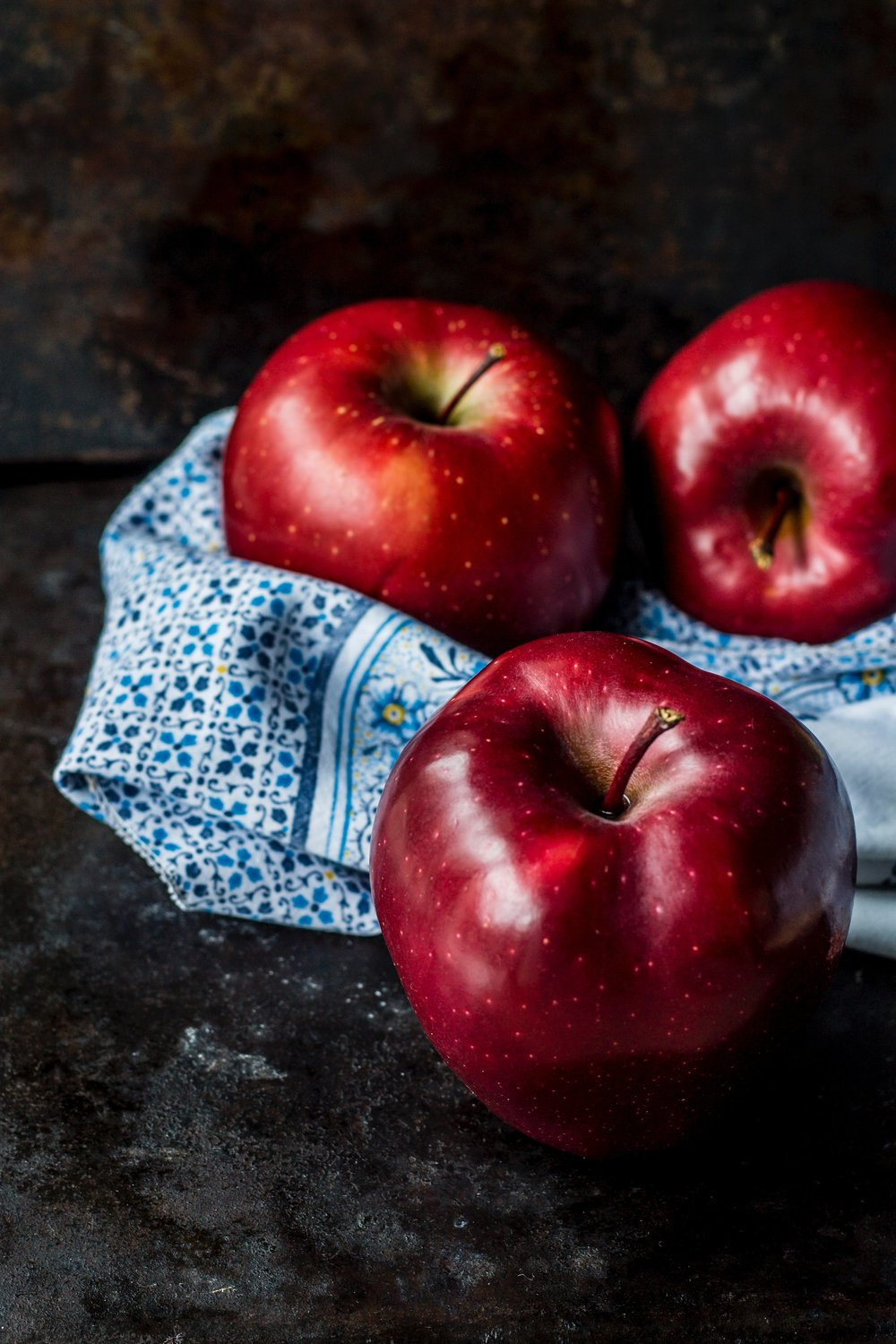 Apples are not only detoxifying but also good for lowering cholesterol, aiding in digestion and helping your skin. -