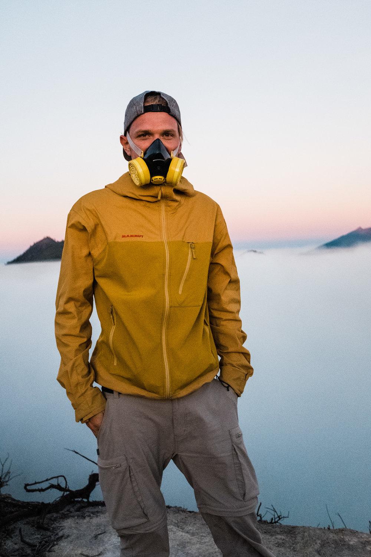 Yves mit Atemschutzmaske