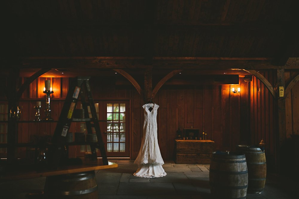 Image from a Barn at Weslyan Hills wedding