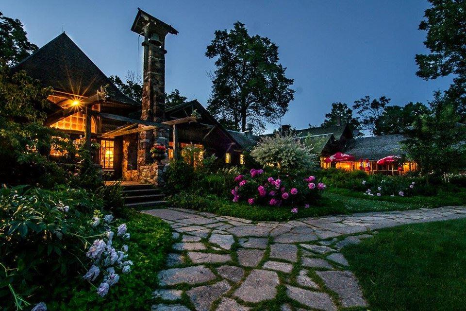 Stouts Island Lodge