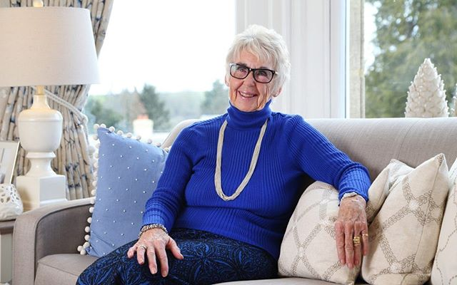 Enjoying a new life with Beechcroft.Elizabeth Wood has discovered a friendly community and a garden she doesn't have to care for at Penhurst Gardens in the Cotswolds http://ow.ly/HmSi30j7bQG  #retirement #retirees #friends #friendly #retiredlife #laterlife #downsizing #parents #grandparents #care #nourish #happiness #learning #love #home