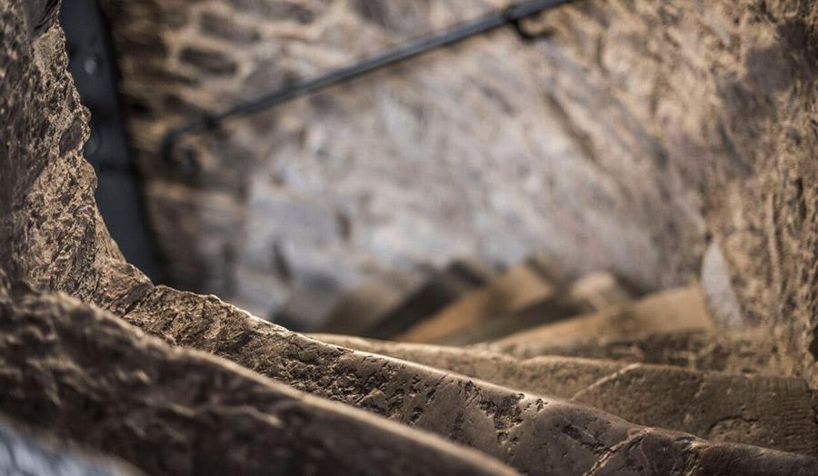 9-GG-stairs.jpg