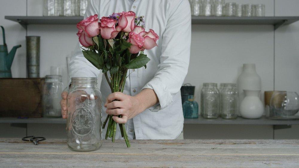 vase.step1_-1080x608.jpg