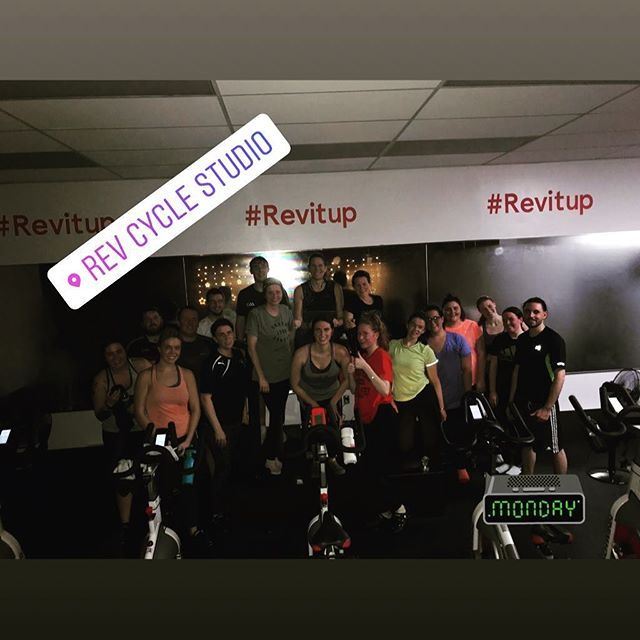 7pm Revelers with @mariannelchao, not only did they steam up the mirrors...they were able to sing along to her songs! #revitup