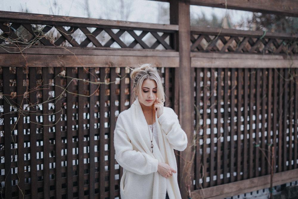 Bel-jewelry-boutique-Hummingbird-Swarovski-Shanelle-Conell-2.jpg