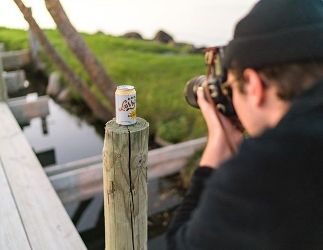 Our cans are professional models. 😎  #drinkbadlarry