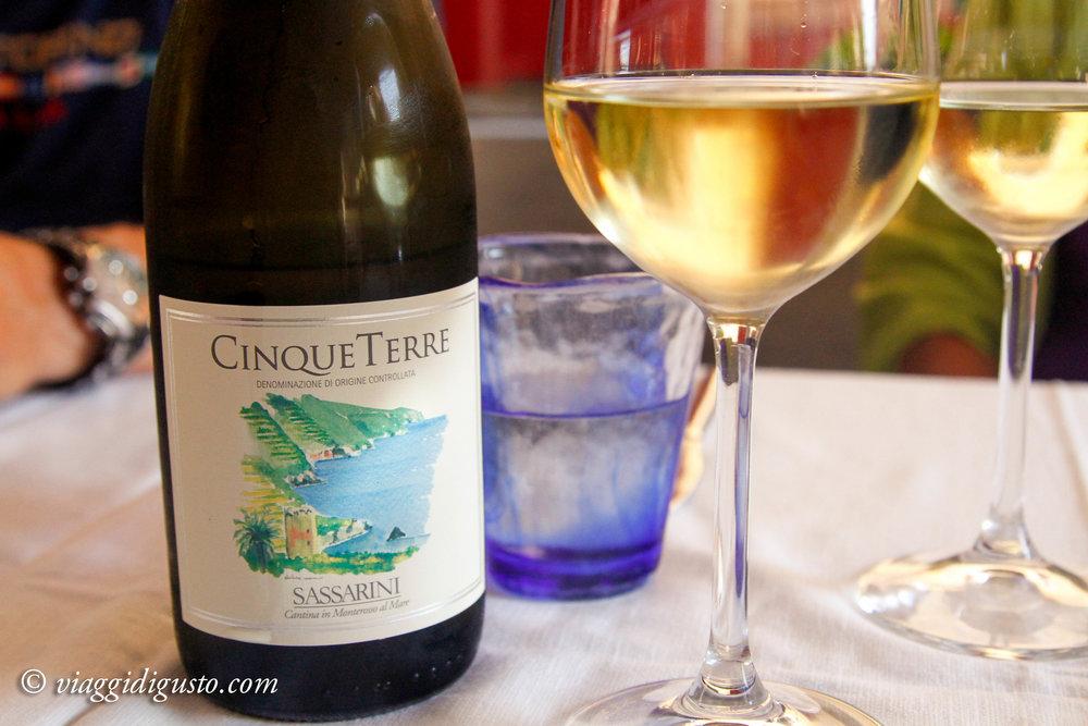 cinque terre wine.jpg