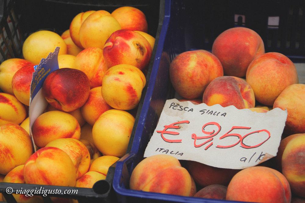 peaches umbria.jpg