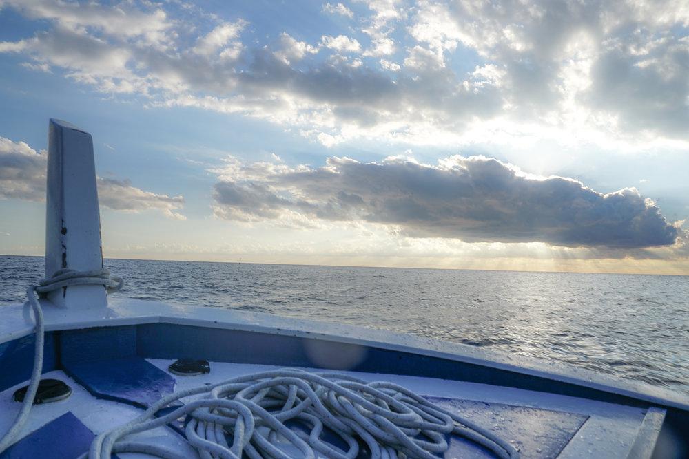 boat ligurian sea cinque terre-2.jpg