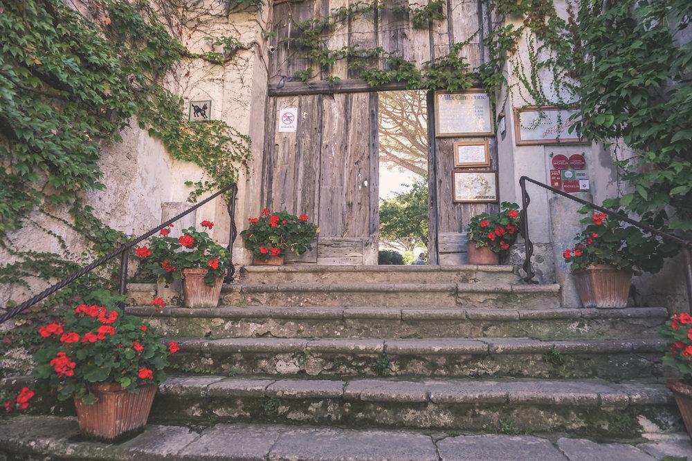 entrance to villa cimbrone, ravello