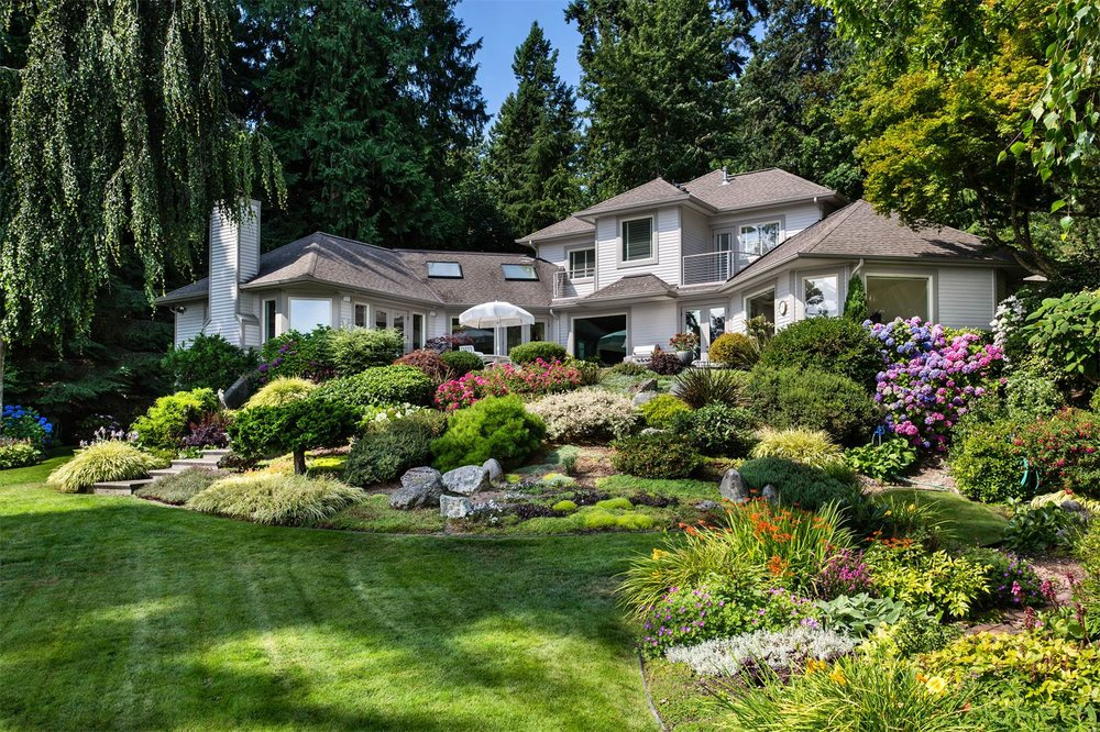 7736 NE North St Bainbridge Island, Washington 98110 United States |  $2,250,000