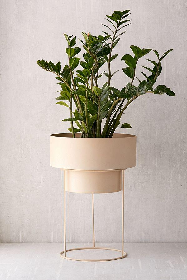 UO-Noa-12-inch-planter.jpeg