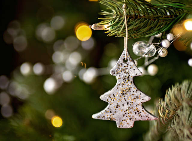christmas-tree-decorations-2015.jpg