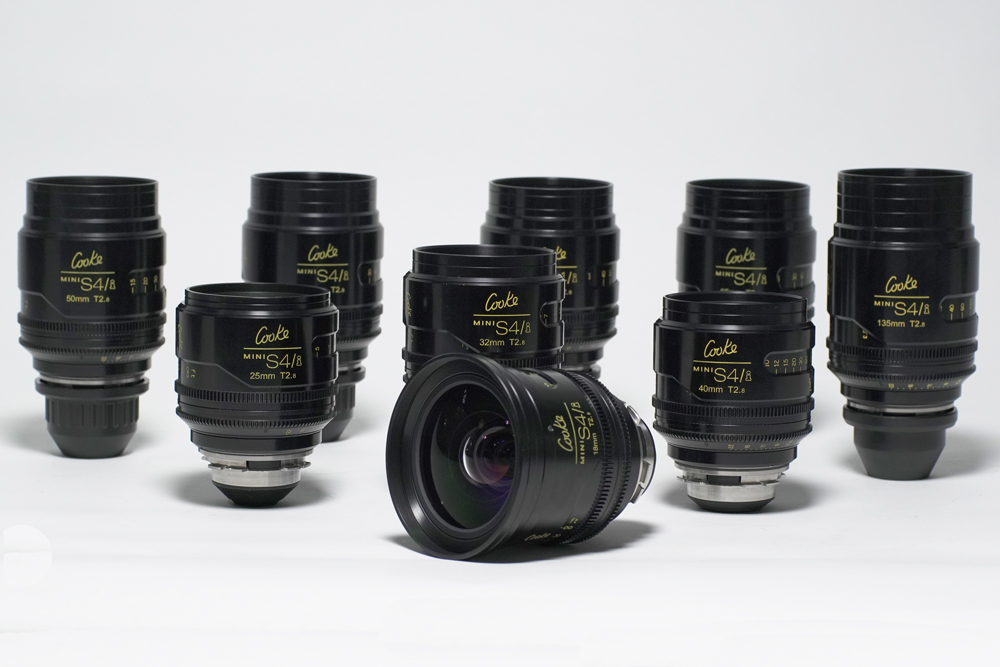 The Cooke MiniS4/i Primes incorporate everything that today's filmmakers ask for: smaller, lighter-weight lenses that offer the same resolution, optical quality and reliability as the S4/i lenses at T2.8 speed. With the speed of the new digital cameras, T2.8 is the new, economical T2.0. The Mini S4/i's are interchangeable with the S4/i and 5/i lenses for shooting film and digital images up to and beyond a 4K resolution.