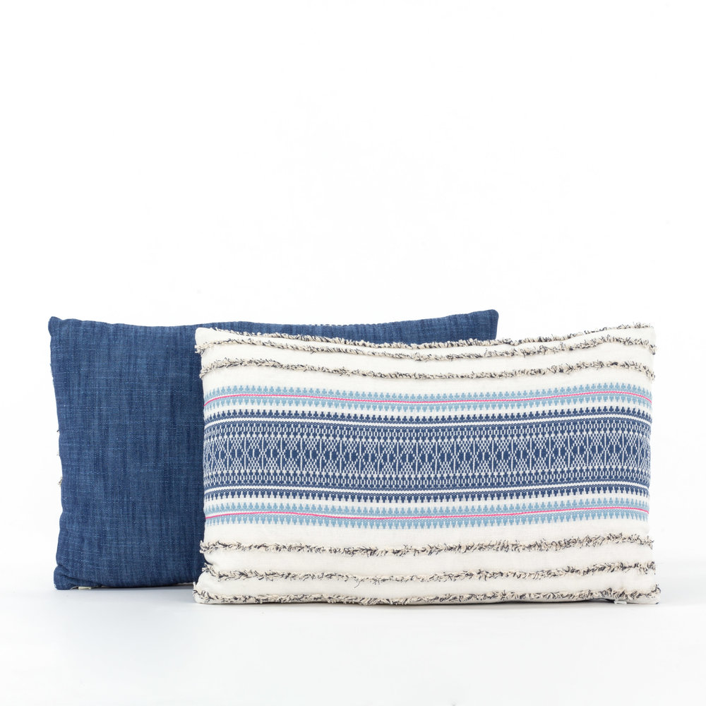 "<span style=""font-family:Helvetica;letter-spacing:2px;font-size:10px;color:rgba(28,28,28,0.8);text-transform:uppercase;""><b>CASABLANCA CUSHION</b></span>"