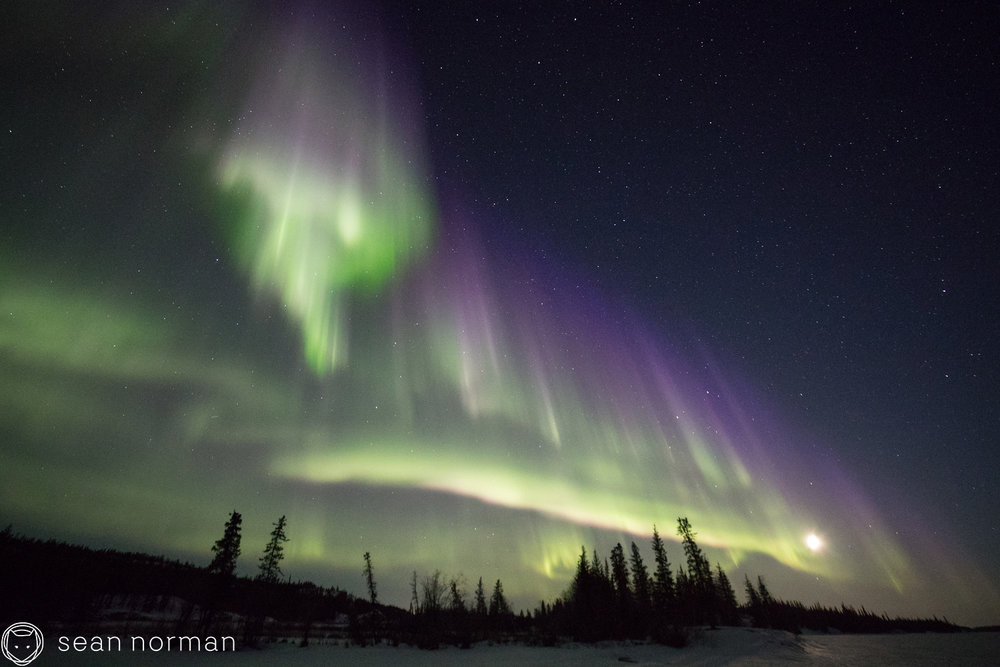 Yellowknife Northern Lights Guide - Canada Aurora Tour - Aurora Hunting - 4.jpg