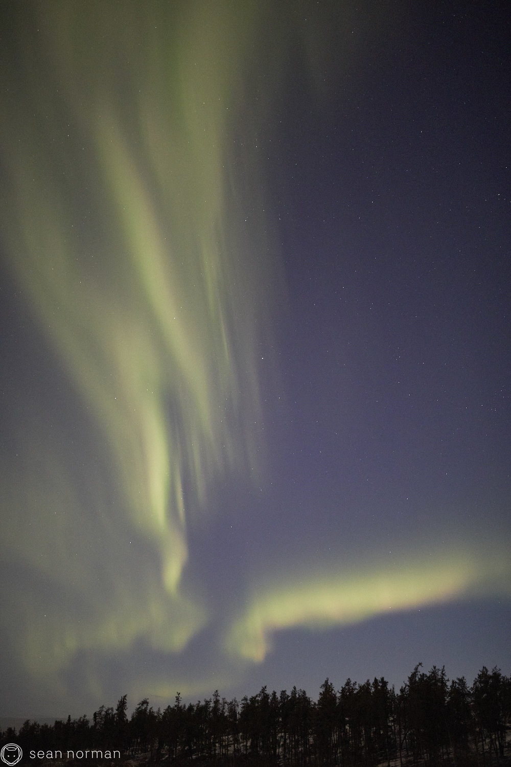 Yellowknife Aurora Hunting Tour - Canada Northern Lights - 04.jpg