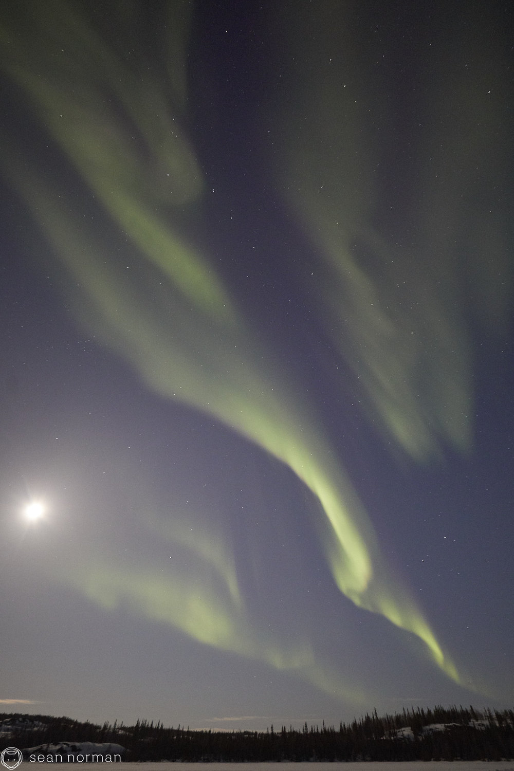 Yellowknife Aurora Hunting Tour - Canada Northern Lights - 09.jpg