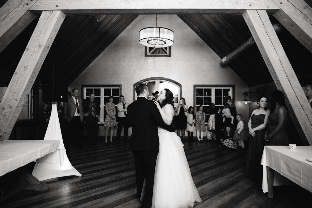 Ellicottville-Brewing-Company-EBC-Buffalo-Wedding-Vita-Bella-Photography-0165.jpg